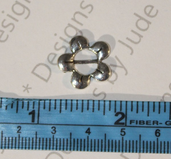 """10/16"""" Silver 5 Petal Flower Buckle"""