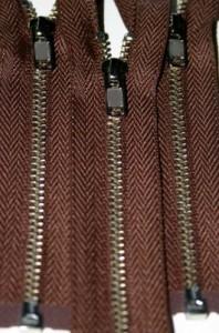 "4 1/2"" Chocolate Brown Separating Zipper"