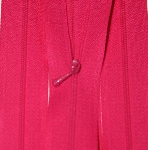 "4/12"" Dark Pink Zipper"