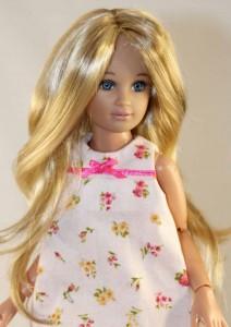 Pretty Girl Blonde Brown Wig  size 5-6