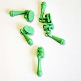 Pastel Green Zipper Pull