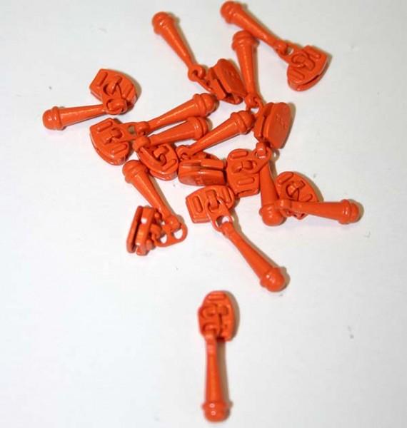 Carrot Orange Zipper Pull