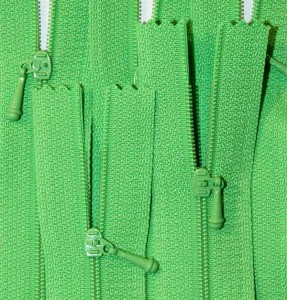 """4 1/2"""" Spring Green Zipper"""